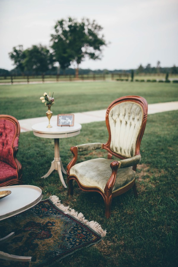 this-wedding-at-the-venue-at-tryphenas-garden-makes-antique-details-feel-totally-new-12