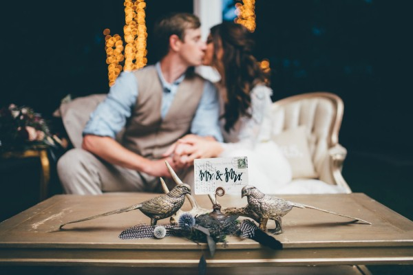 this-wedding-at-the-venue-at-tryphenas-garden-makes-antique-details-feel-totally-new-16
