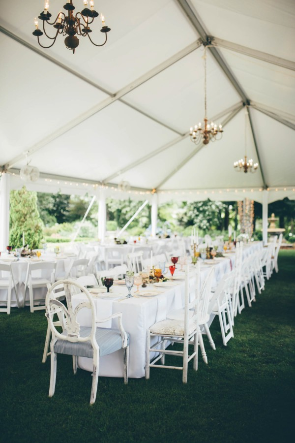 this-wedding-at-the-venue-at-tryphenas-garden-makes-antique-details-feel-totally-new-22