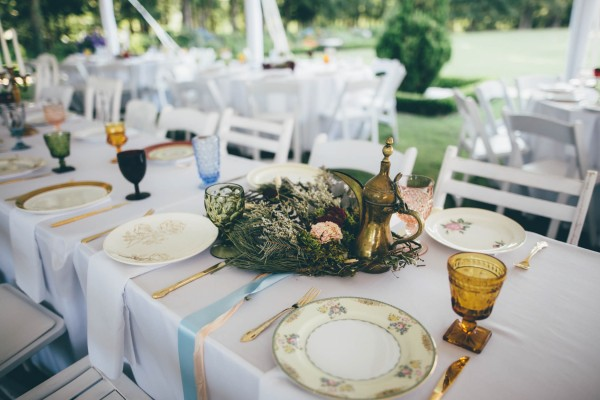 this-wedding-at-the-venue-at-tryphenas-garden-makes-antique-details-feel-totally-new-24