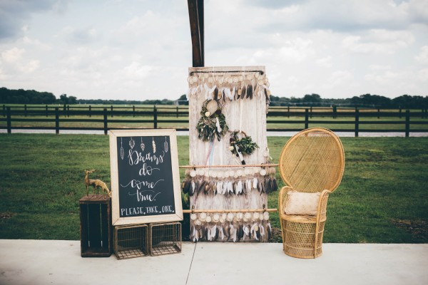 this-wedding-at-the-venue-at-tryphenas-garden-makes-antique-details-feel-totally-new-32