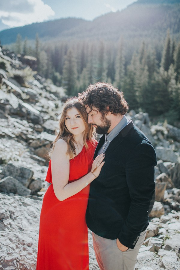 this-well-dressed-couple-in-their-banff-engagement-is-pure-eye-candy-22