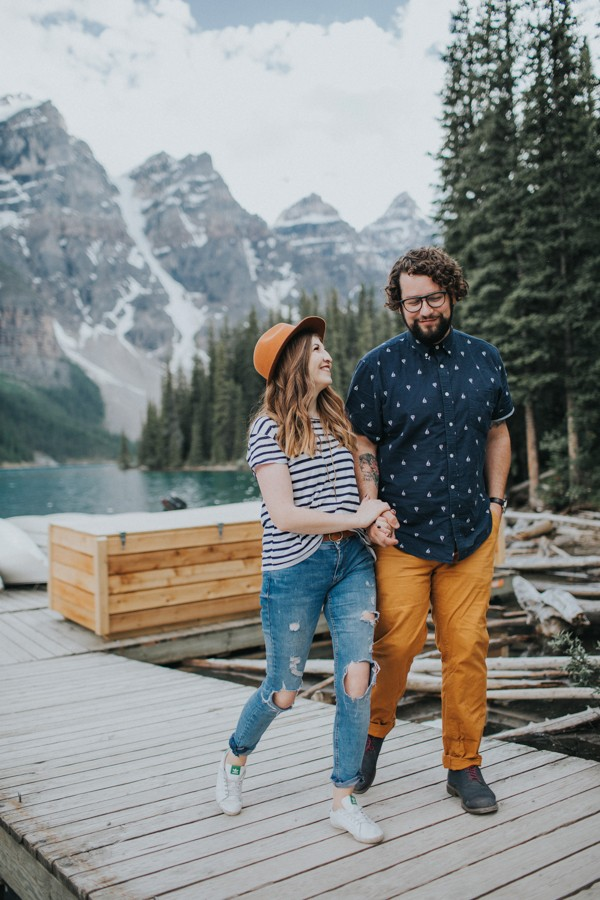 this-well-dressed-couple-in-their-banff-engagement-is-pure-eye-candy-6