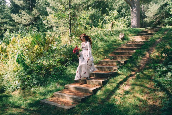 whimsical-glam-londonderry-vermont-wedding-in-the-woods-1