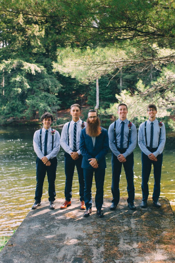 whimsical-glam-londonderry-vermont-wedding-in-the-woods-11