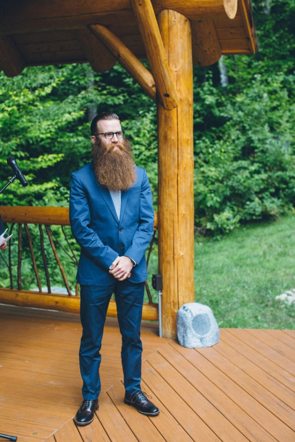 whimsical-glam-londonderry-vermont-wedding-in-the-woods-33