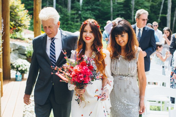whimsical-glam-londonderry-vermont-wedding-in-the-woods-34