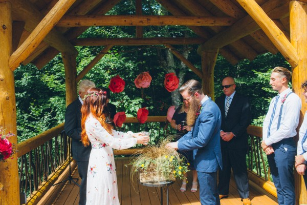 whimsical-glam-londonderry-vermont-wedding-in-the-woods-37