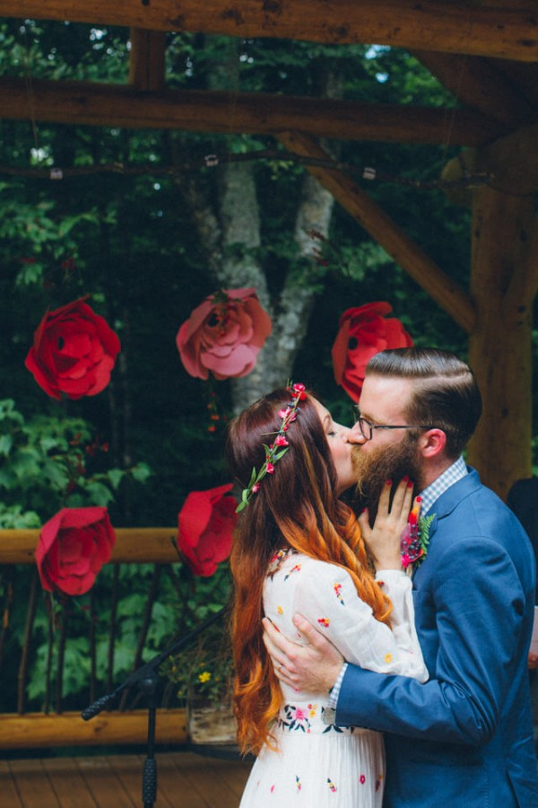 whimsical-glam-londonderry-vermont-wedding-in-the-woods-38