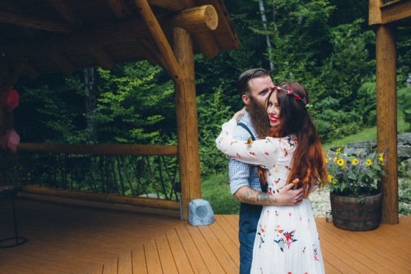 whimsical-glam-londonderry-vermont-wedding-in-the-woods-41