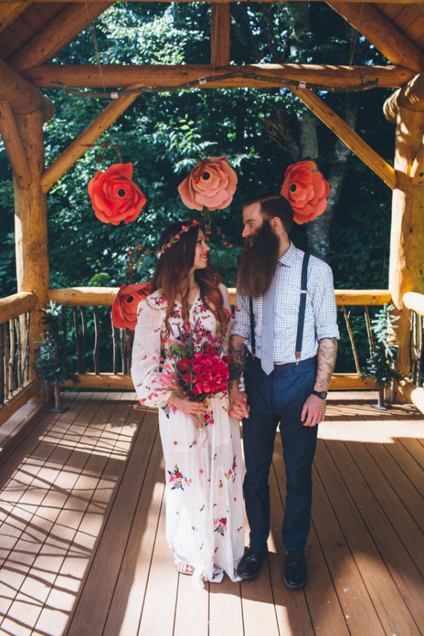 whimsical-glam-londonderry-vermont-wedding-in-the-woods-49