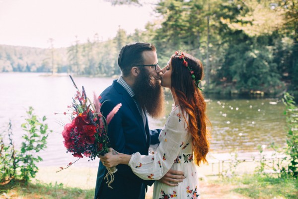 whimsical-glam-londonderry-vermont-wedding-in-the-woods-5