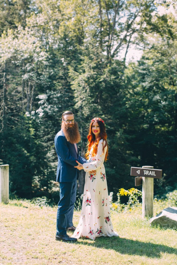 whimsical-glam-londonderry-vermont-wedding-in-the-woods-6