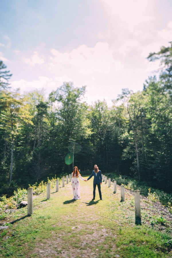 whimsical-glam-londonderry-vermont-wedding-in-the-woods-8
