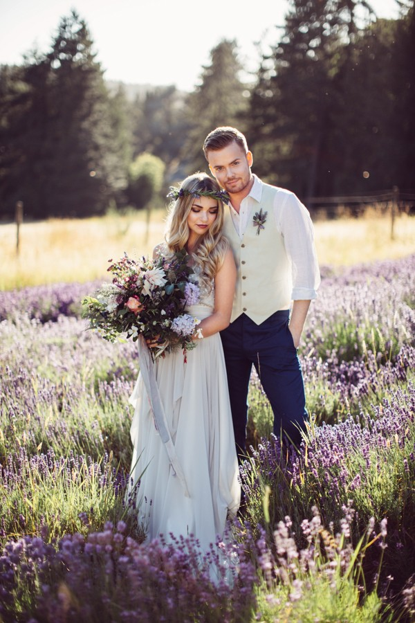 whimsically-boho-wedding-inspiration-right-this-way-at-long-meadow-farm-6