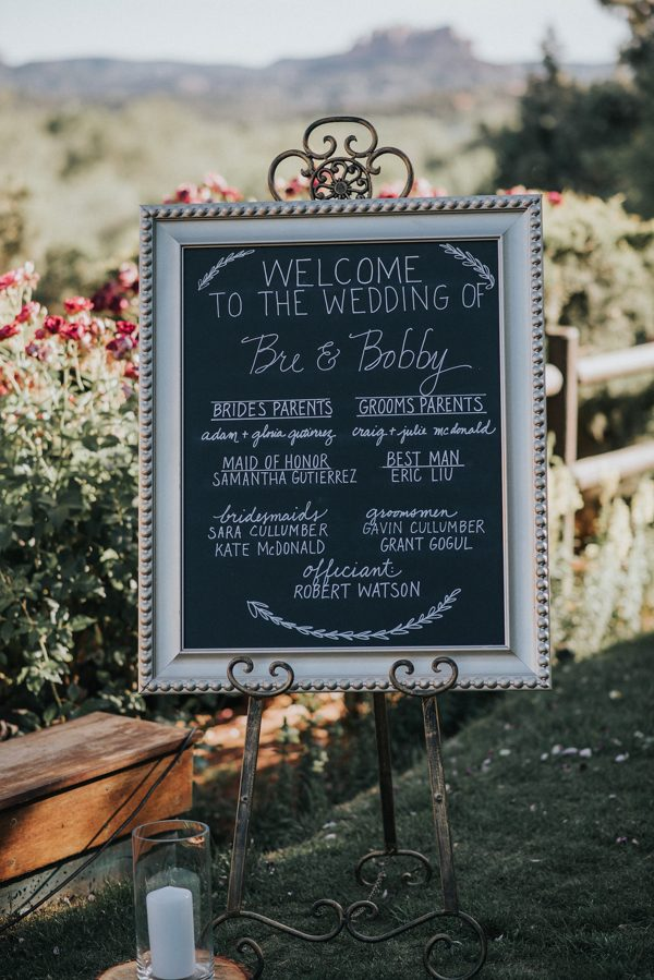 44-guests-celebrated-in-an-organic-candlelit-wedding-at-lauberge-de-sedona-13