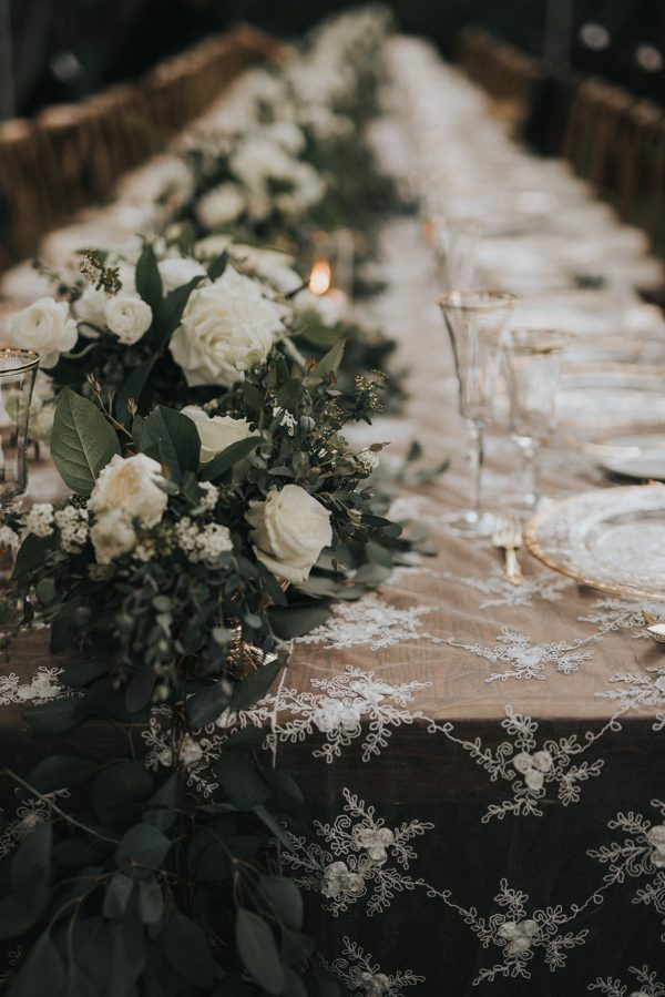 44-guests-celebrated-in-an-organic-candlelit-wedding-at-lauberge-de-sedona-39