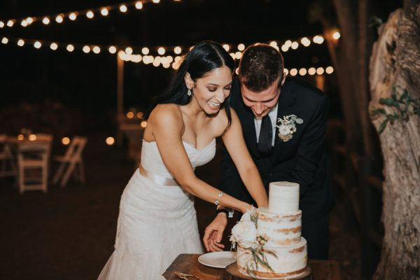 44-guests-celebrated-in-an-organic-candlelit-wedding-at-lauberge-de-sedona-42