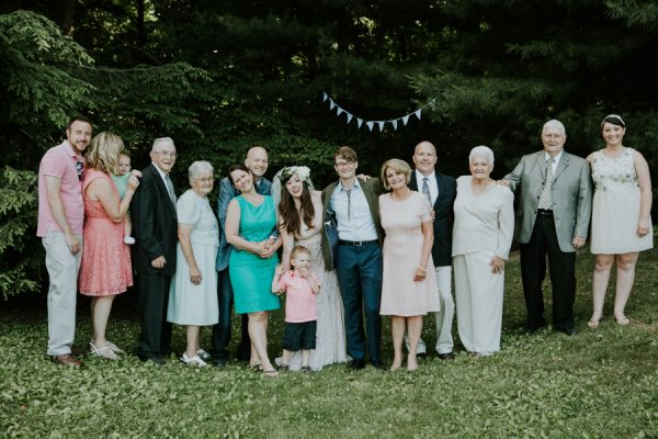 a-folksy-ohio-wedding-at-grandma-and-grandpas-house-12