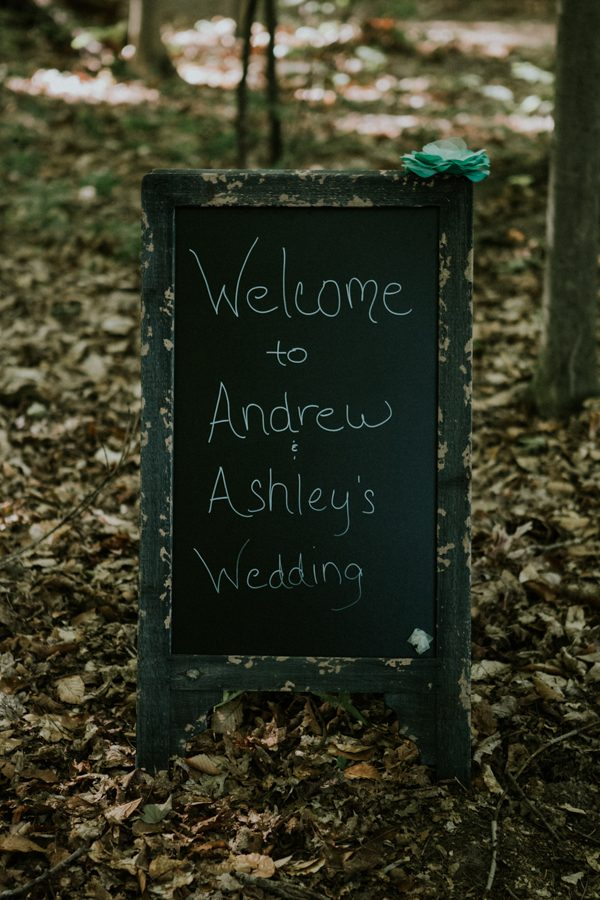 a-folksy-ohio-wedding-at-grandma-and-grandpas-house-6