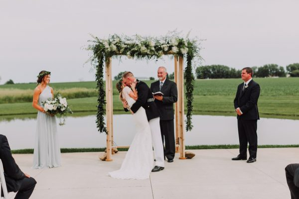 a-marine-and-a-hippie-tied-the-knot-in-the-sweetest-wedding-at-pear-tree-estate-26