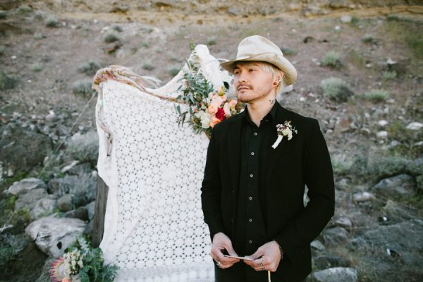 alternative-inspiration-for-your-desert-elopement-3