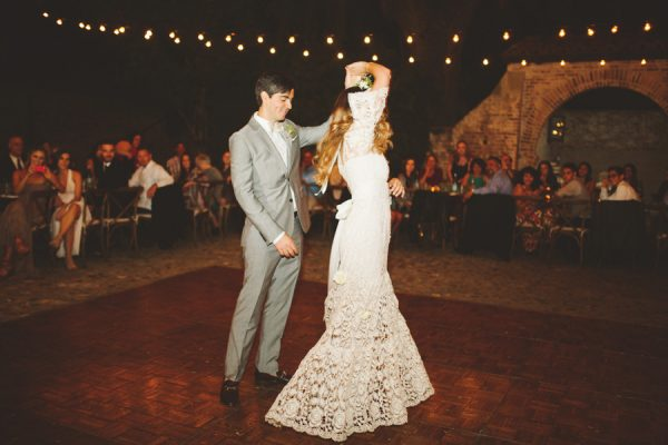 an-alpaca-almost-stole-the-spotlight-in-this-hummingbird-nest-ranch-wedding-51