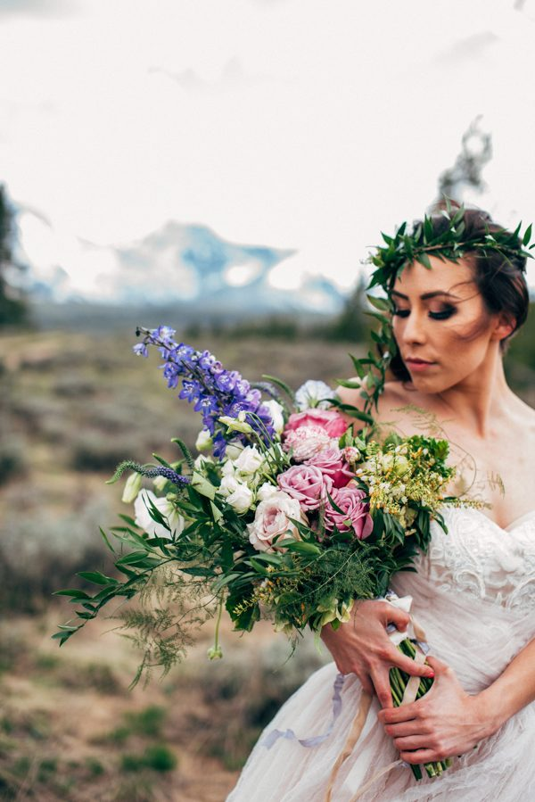 brunch-lovers-this-picnic-elopement-in-the-sawtooth-mountains-is-for-you-1