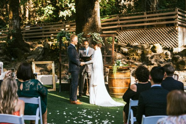Earthy California Forest Wedding At Saratoga Springs 21