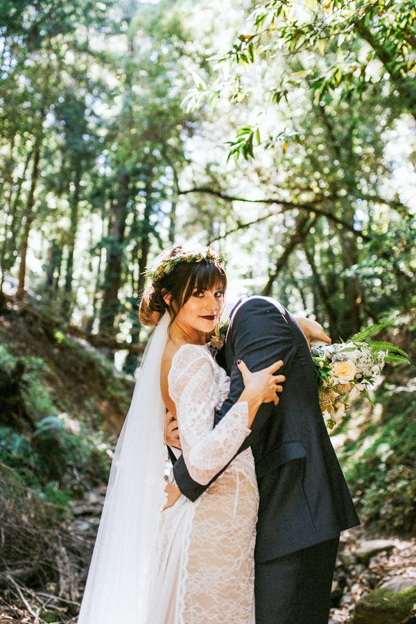 earthy-california-forest-wedding-at-saratoga-springs-8