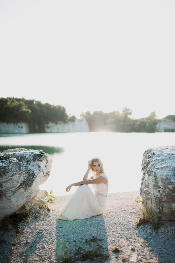 elopement-inspiration-for-two-wild-souls-in-love-3