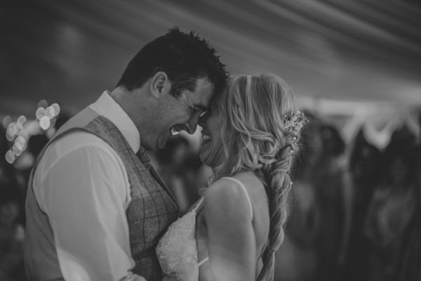 enchanting-midsummer-irish-wedding-at-castle-leslie-20