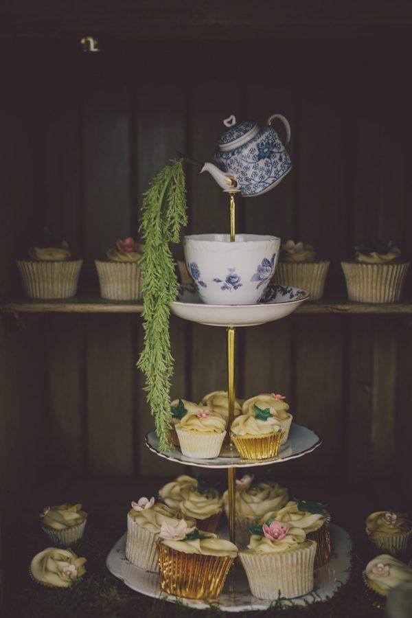 enchanting-midsummer-irish-wedding-at-castle-leslie-45