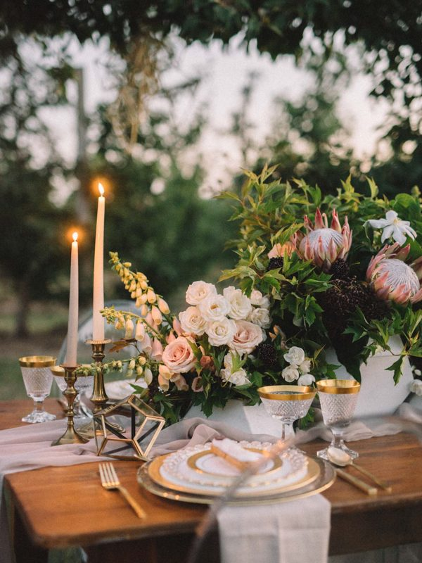 find-your-geometric-wedding-inspiration-in-this-candlelit-elopement-26