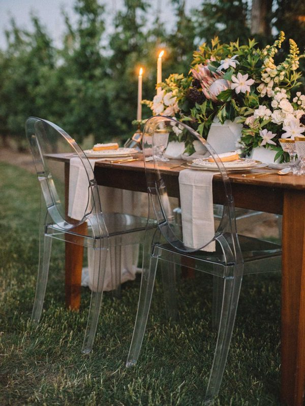 find-your-geometric-wedding-inspiration-in-this-candlelit-elopement-27