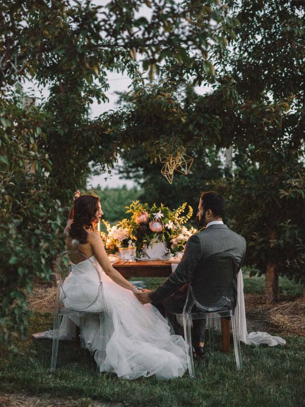 find-your-geometric-wedding-inspiration-in-this-candlelit-elopement-29