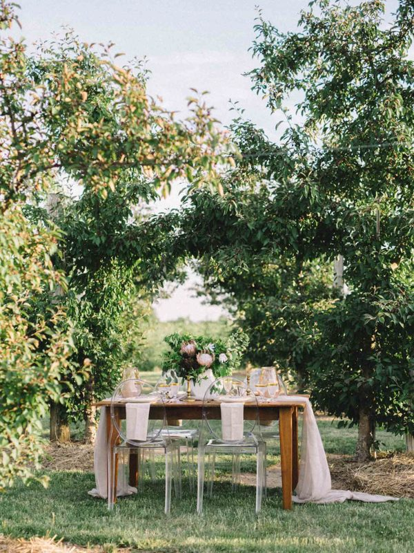 find-your-geometric-wedding-inspiration-in-this-candlelit-elopement-5