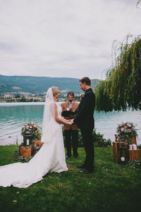 find-your-rustic-diy-inspiration-in-this-kelowna-mountain-wedding-15