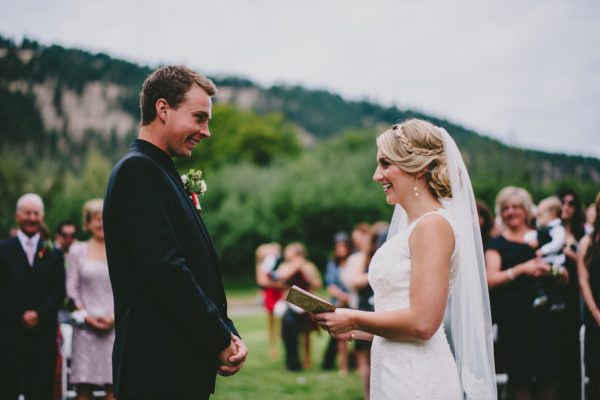 find-your-rustic-diy-inspiration-in-this-kelowna-mountain-wedding-16