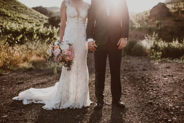 floral-and-feminine-malibu-wedding-at-saddlerock-ranch-27