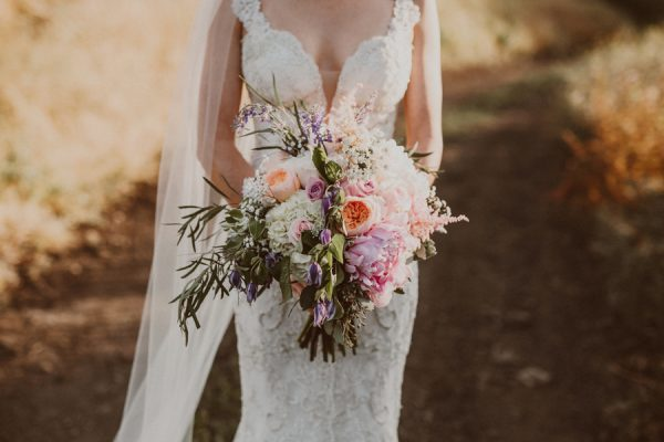 floral-and-feminine-malibu-wedding-at-saddlerock-ranch-34