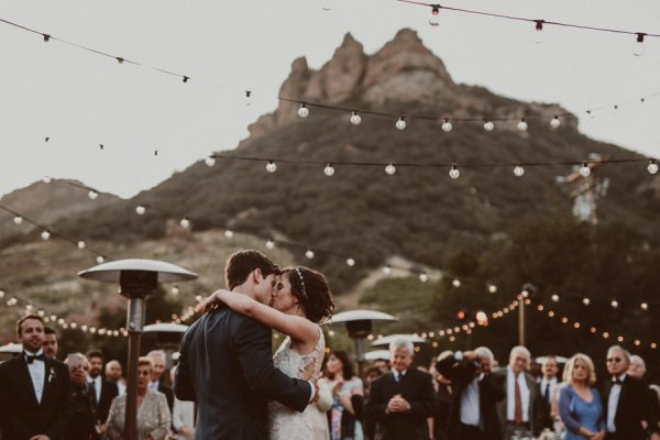 floral-and-feminine-malibu-wedding-at-saddlerock-ranch-44