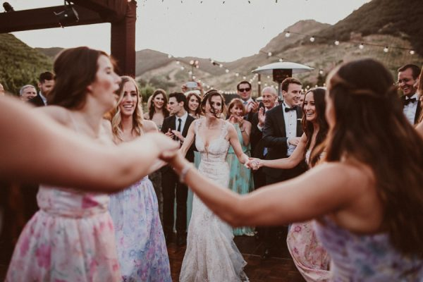 floral-and-feminine-malibu-wedding-at-saddlerock-ranch-47