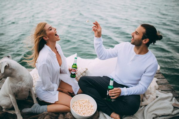 from-the-cabin-to-the-dock-this-pigeon-lake-engagement-is-both-cozy-and-hot-1