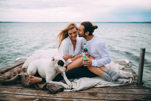 from-the-cabin-to-the-dock-this-pigeon-lake-engagement-is-both-cozy-and-hot-3
