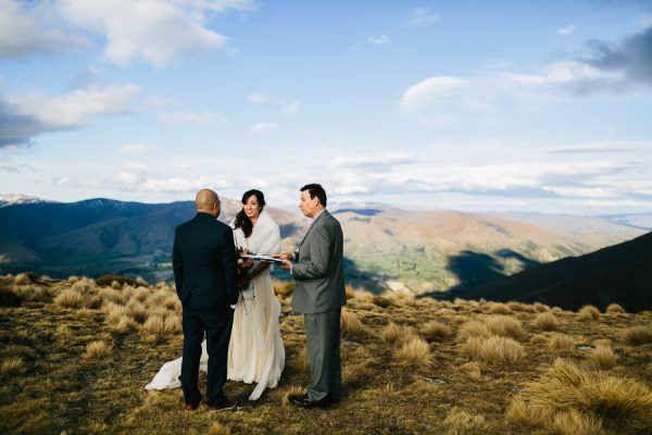 the-epic-new-zealand-heli-wedding-of-this-couples-dreams-27