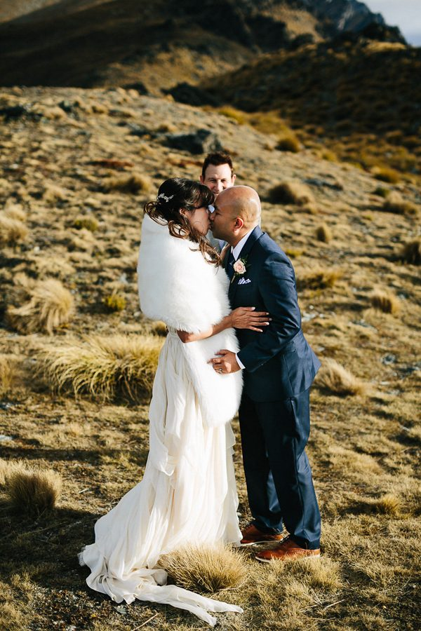 the-epic-new-zealand-heli-wedding-of-this-couples-dreams-28