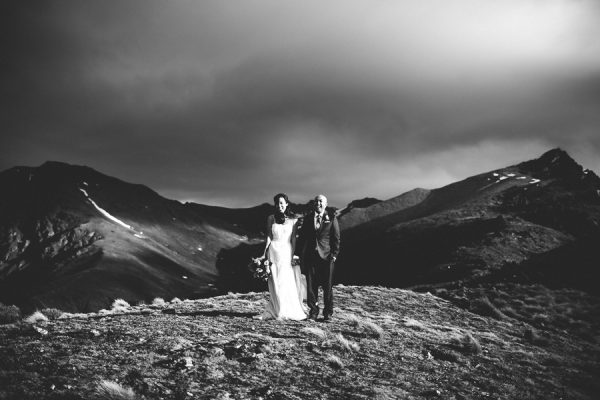 the-epic-new-zealand-heli-wedding-of-this-couples-dreams-34