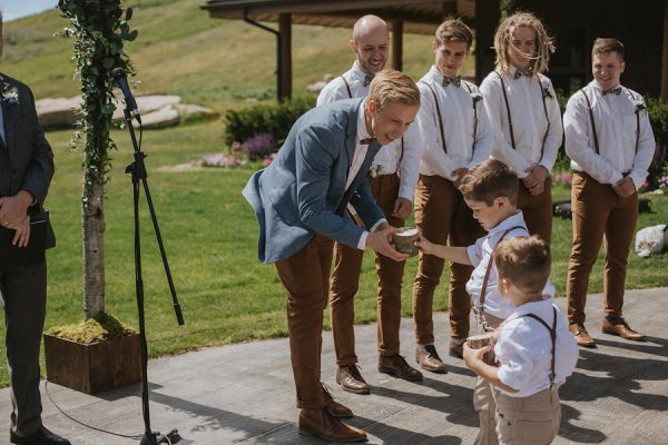 the-groom-style-is-on-point-in-this-wedding-at-the-cochrane-ranchehouse-10