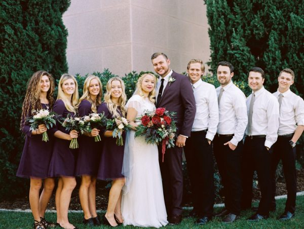 these-utah-newlyweds-made-a-pit-stop-at-in-n-out-before-their-reception-9